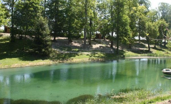 Vue des parcs à l'élévage du Paradis des Edelweiss